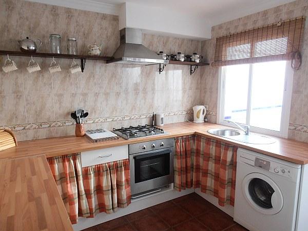 Bonita casa del pueblo bien restaurada 8146 casa axarqu a - Cocinas de pueblo ...