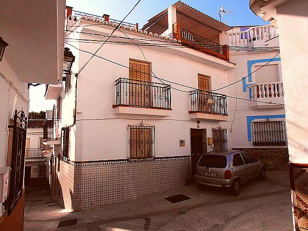 Casa en pueblo andaluz 8161 casa axarqu a - Casas de embargo malaga ...